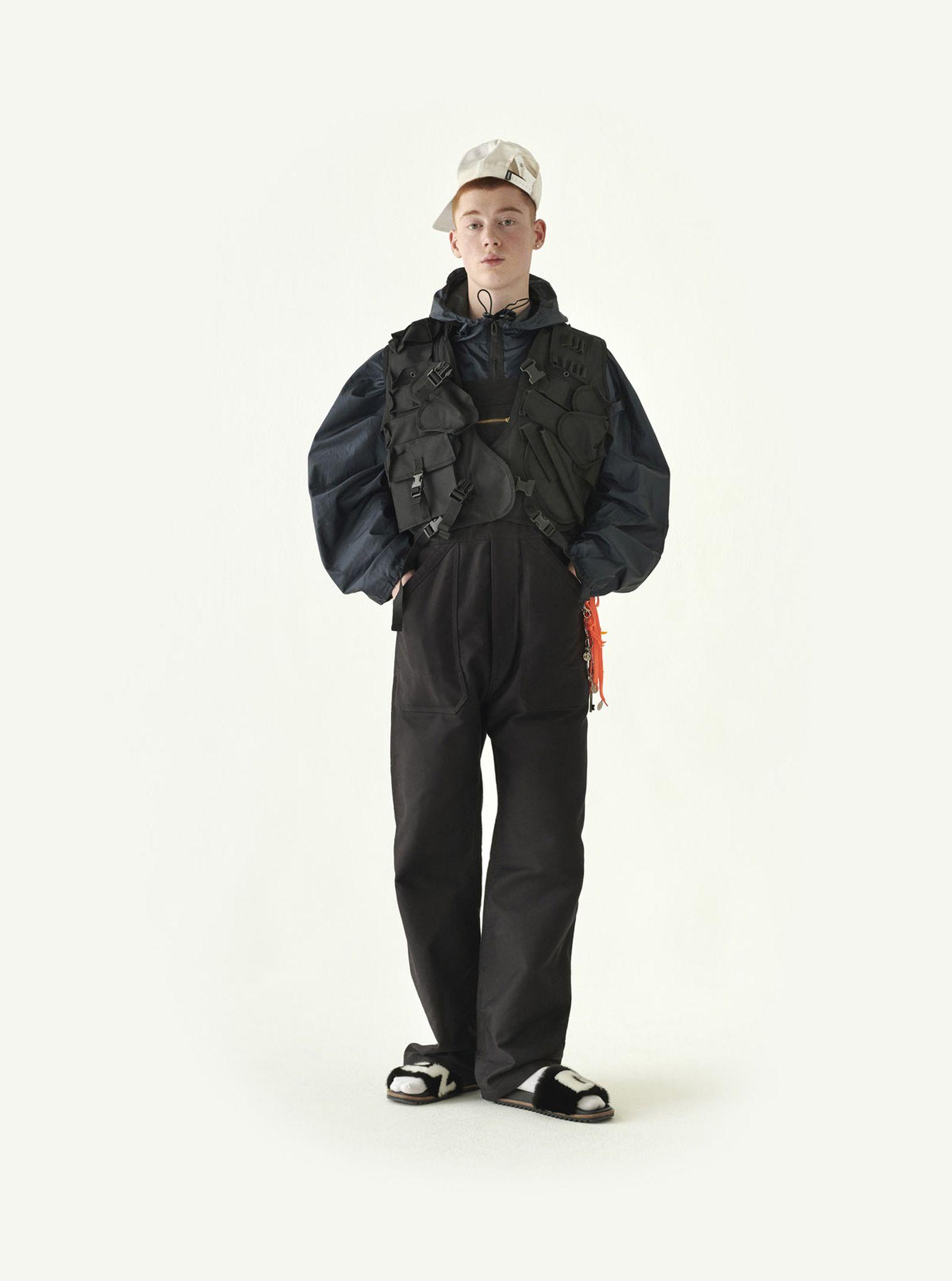 dressing-up-04