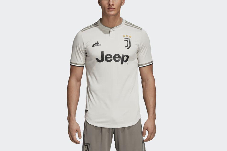 Juventus Away Authentic Jersey