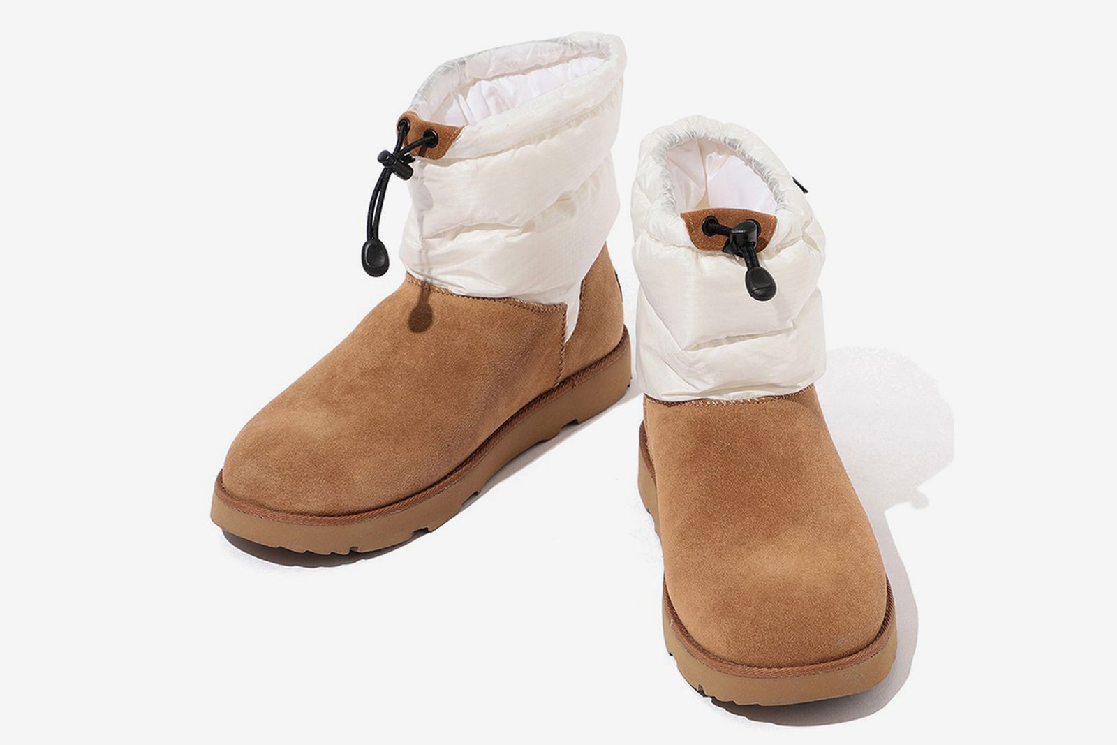 Rocky Mountain Featherbed UGG Classic Mini boot