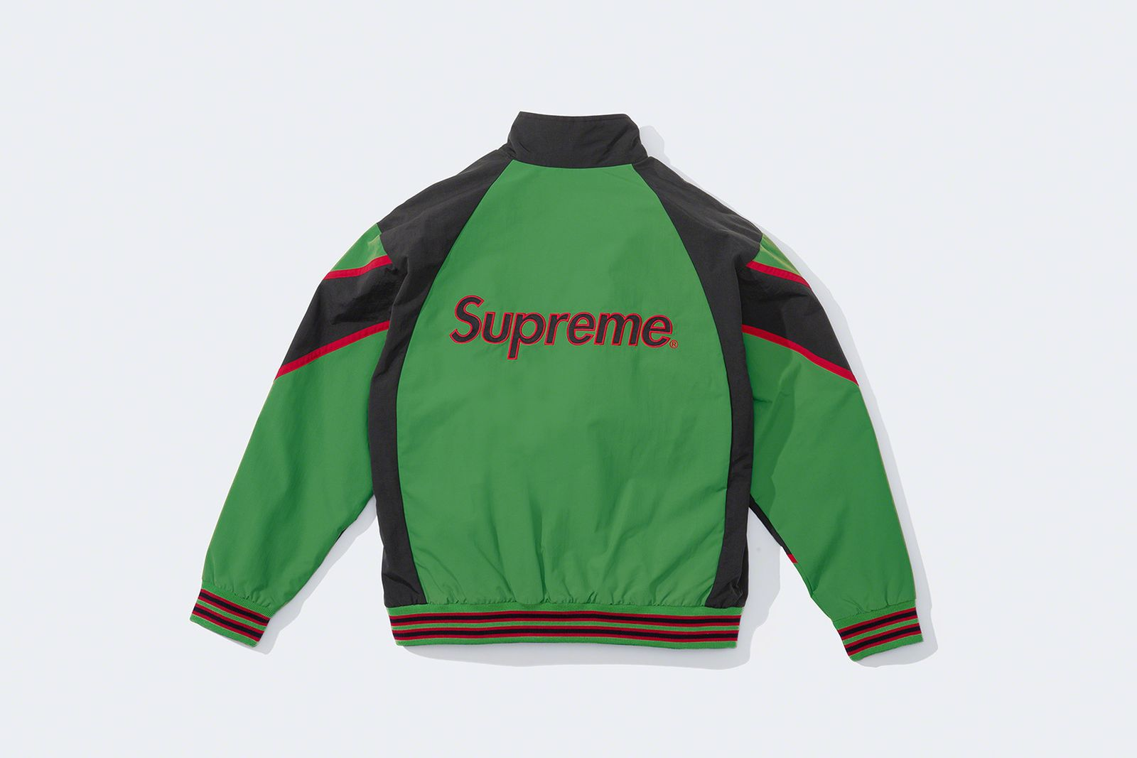 supreme-new-york-yankees-fw21-collection-1