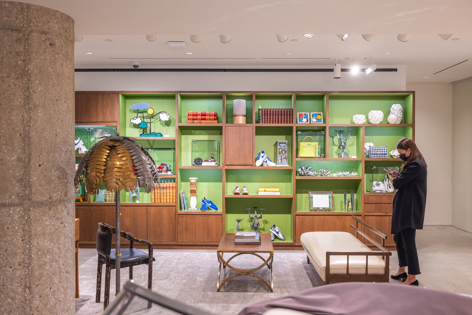 sothebys-permanent-retail-store-new-york-5