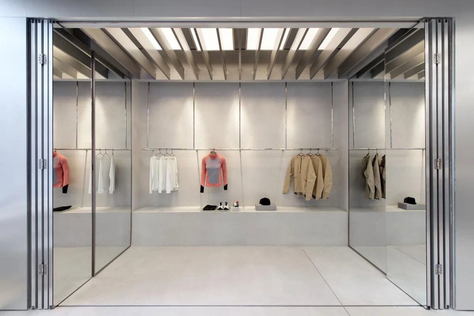 on-nyc-flagship-store-01