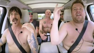 red-hot-chili-peppers-carpool-karaoke-001