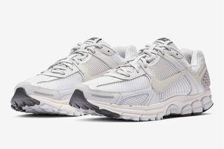 fe19d2cfb617 Nike Zoom Vomero 5