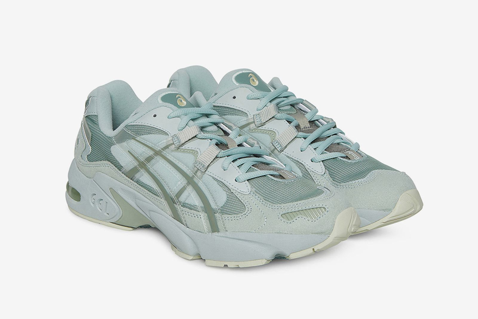 9 of Our Favorite ASICS GEL-KAYANO 5 Sneakers to Cop Right Now