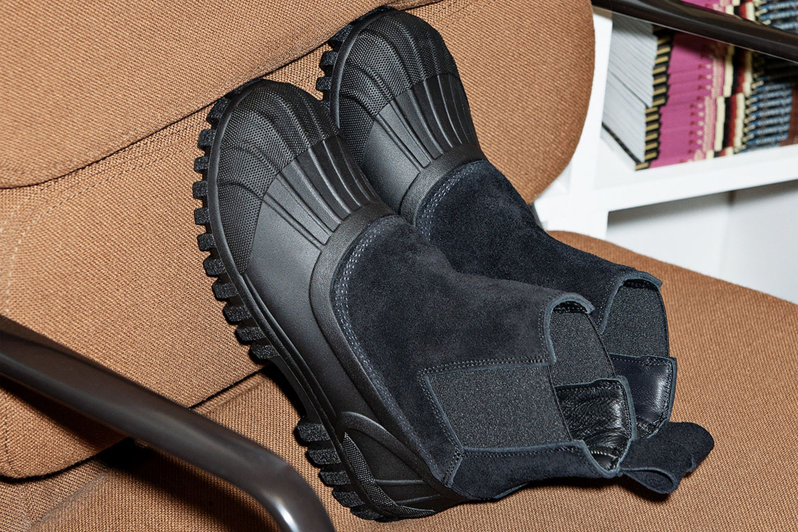 winter boots image