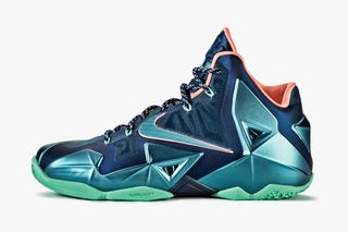 "750580d8d84b Nike LeBron 11 ""Akron vs. Miami"