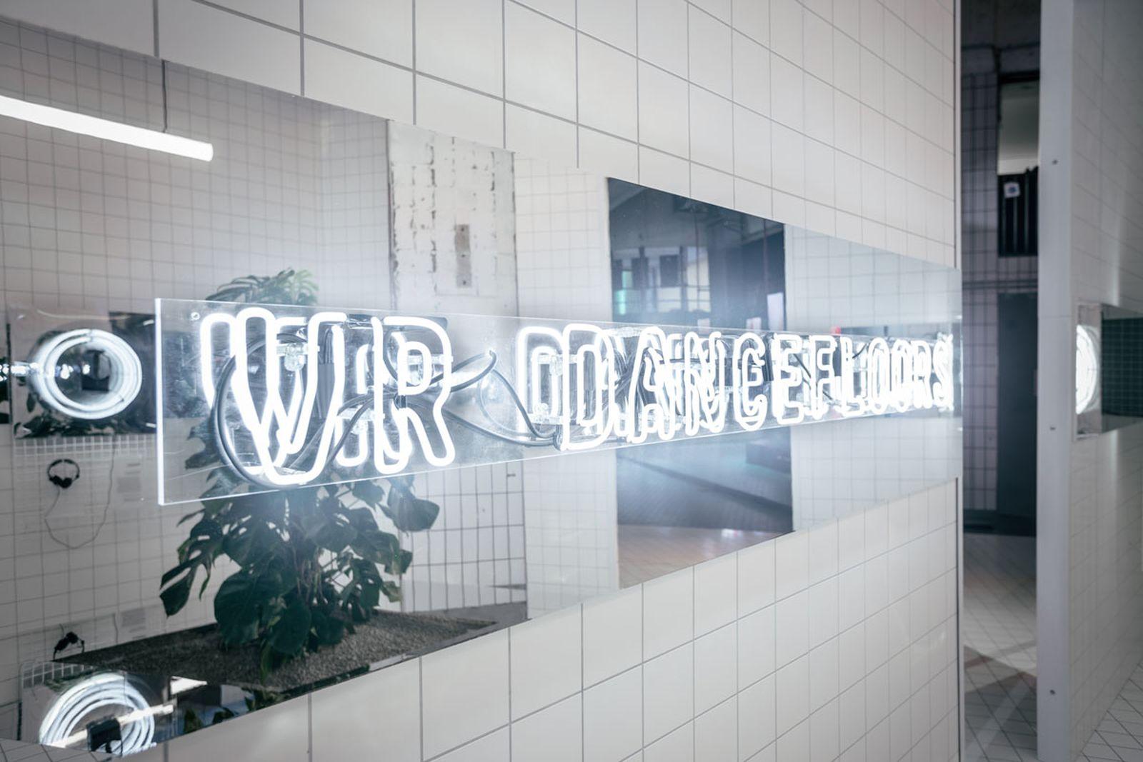 inside-google-boilerroom-pixel-2-berlin-launch-04