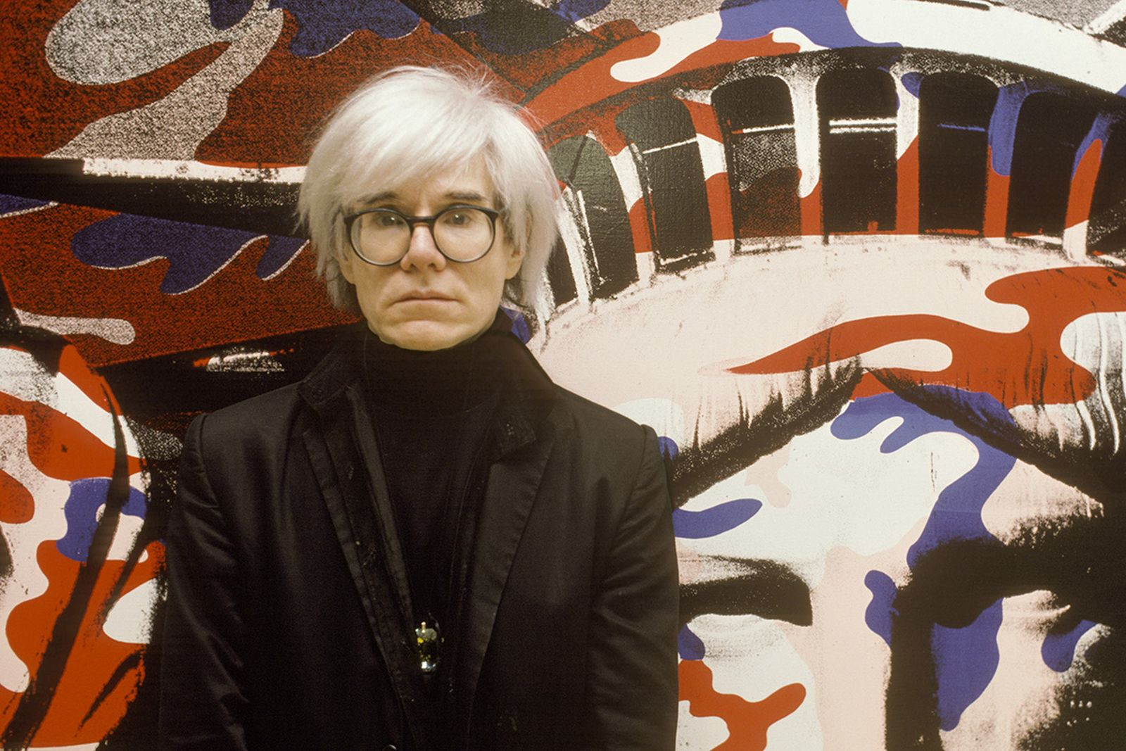 Andy Warhol paints the Statue of Liberty in Paris