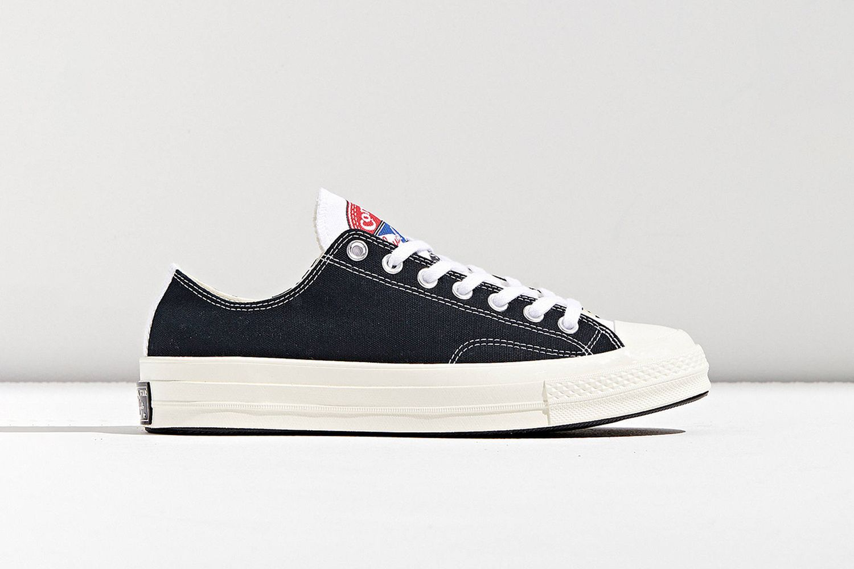 Chuck 70 Logo Play Low Top Sneaker