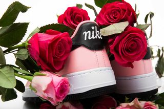 "66b66a54a51da Nike Air Force 1 ""Valentine's Day"": Official Release Information"
