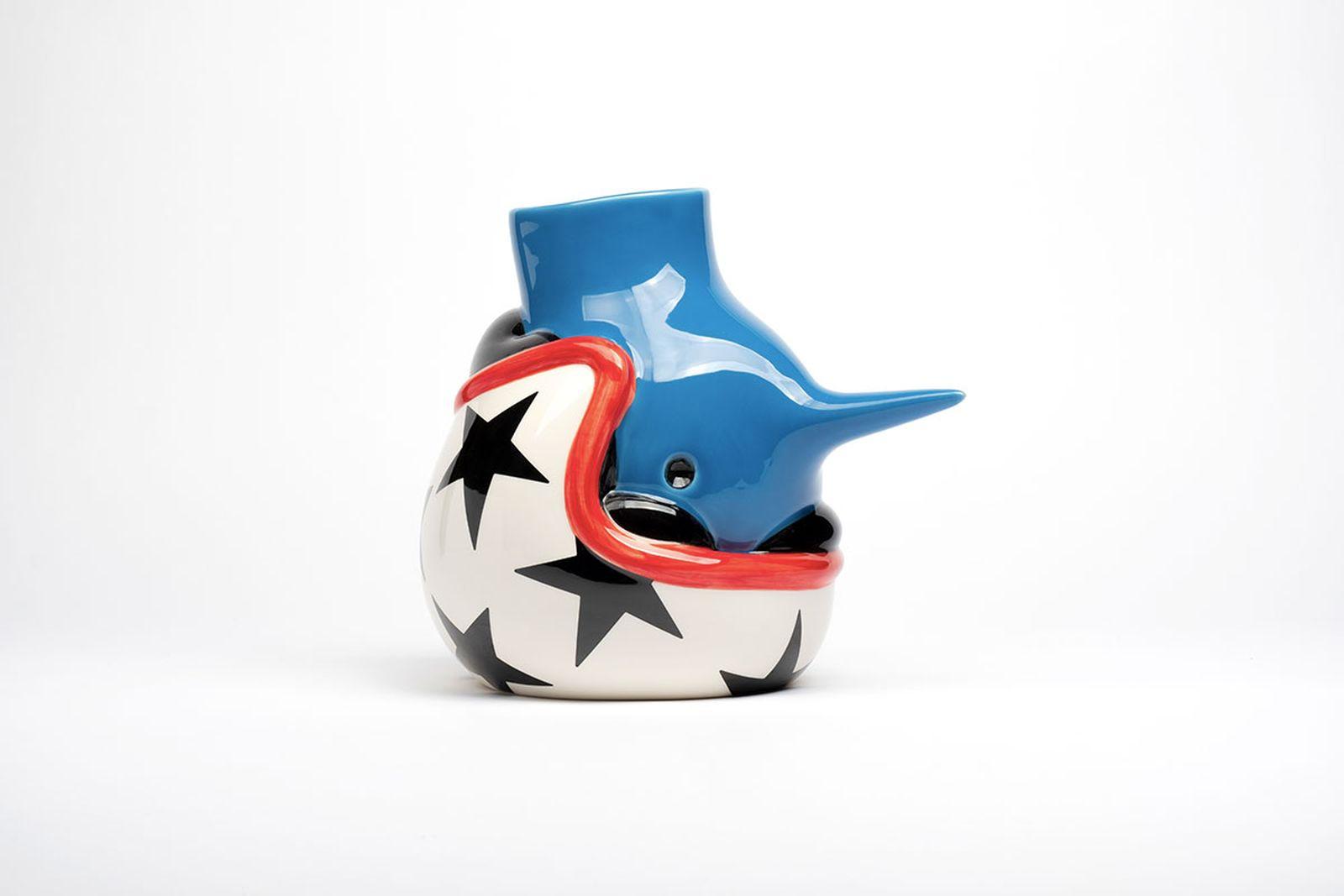 parra-upside-down-helmet-face-vase-annoucement-07