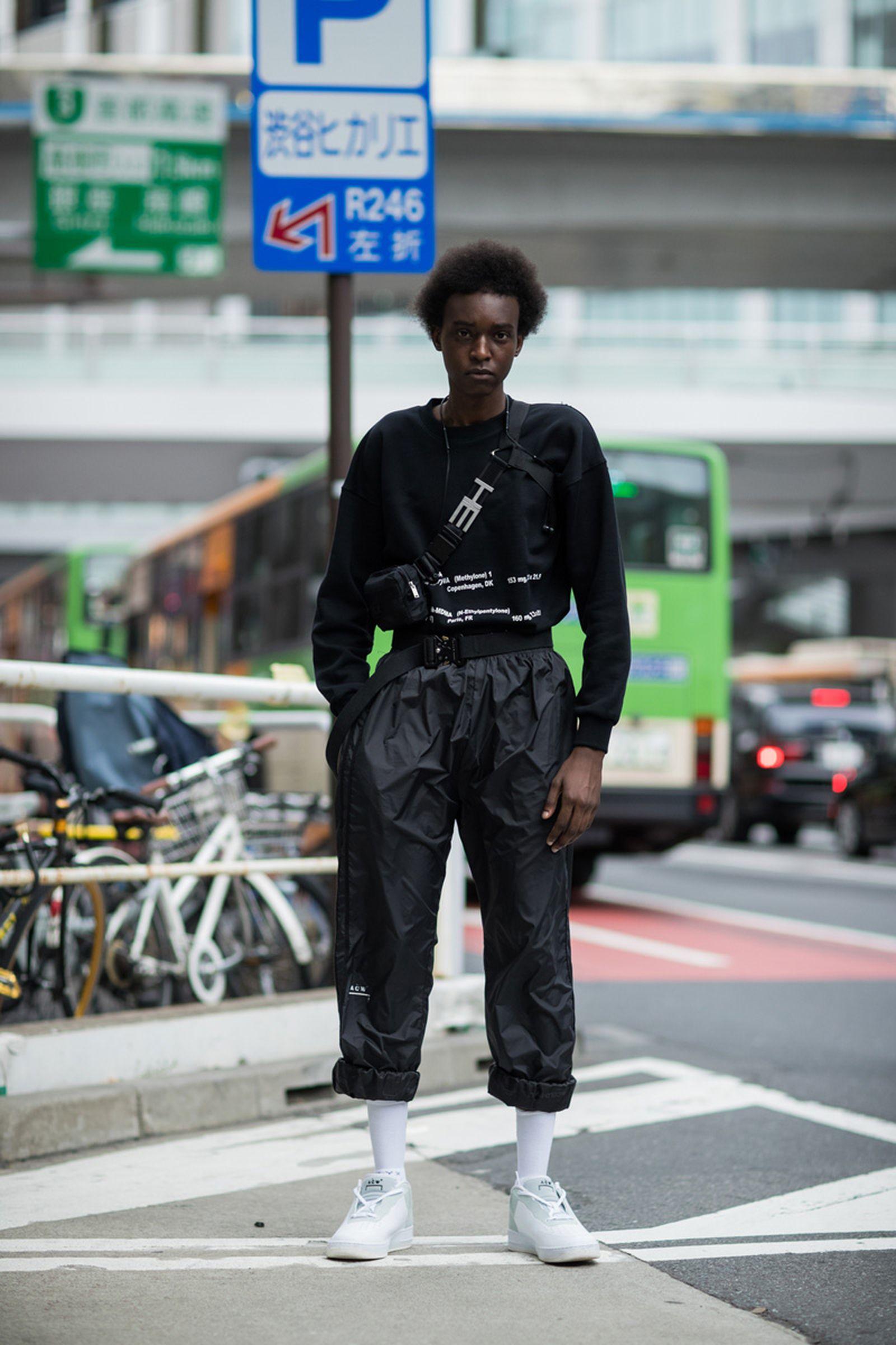 2tokyo fashion week street style