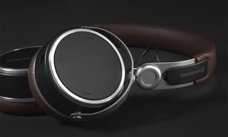 Audio Heaven Is in Range With Beyerdynamic's Aventho wireless Headphones