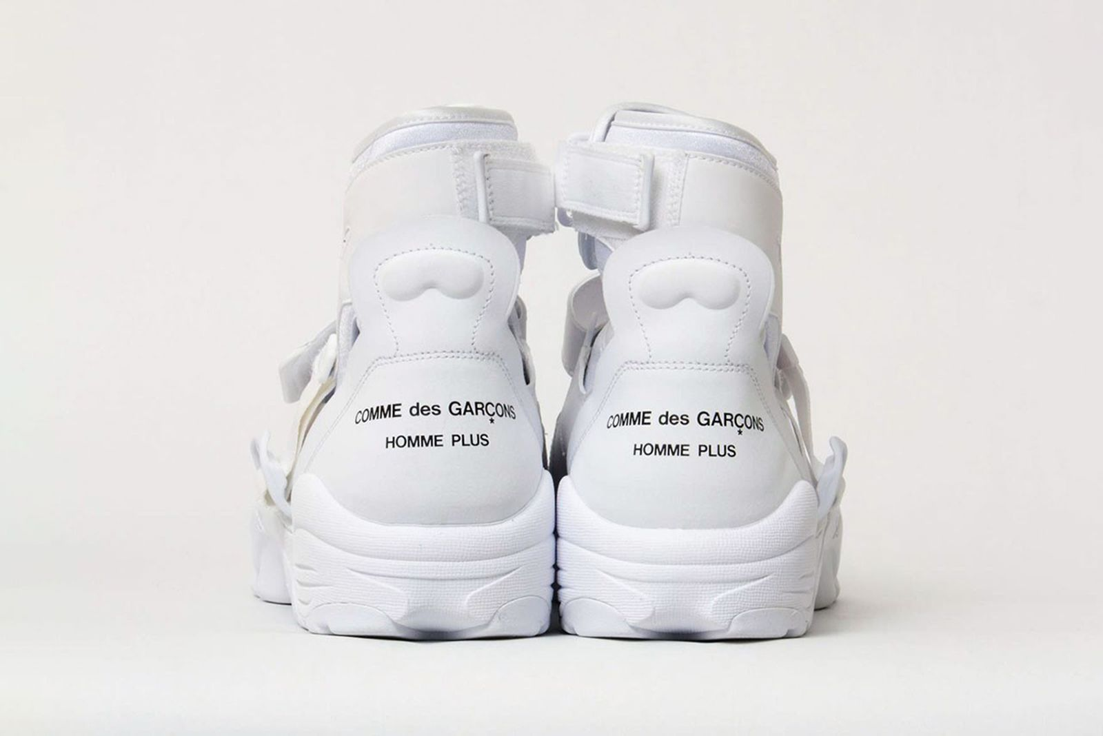 comme-des-garcons-homme-plus-nike-air-carnivore-release-date-price-08