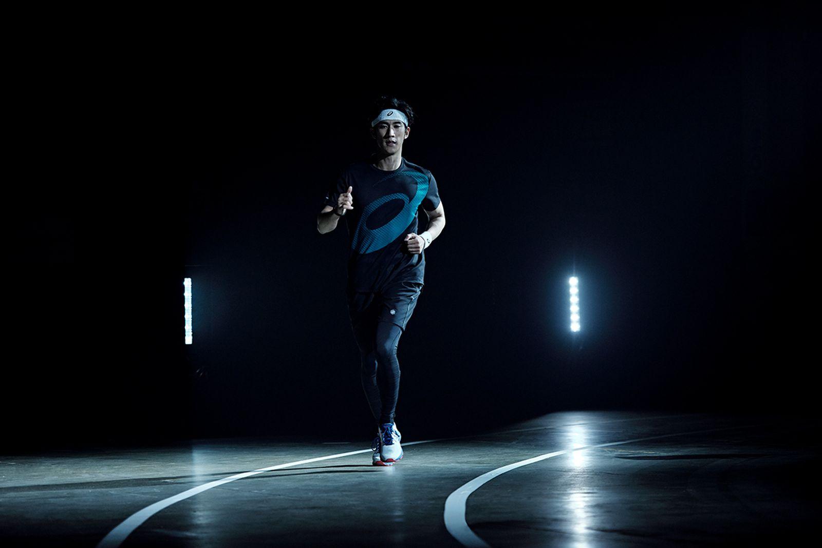 asics04 ASCIS indoor sports running
