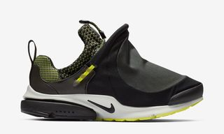 The COMME des GARÇONS HOMME Plus x Nike Air Presto Foot Tent Is Available at DSMNY