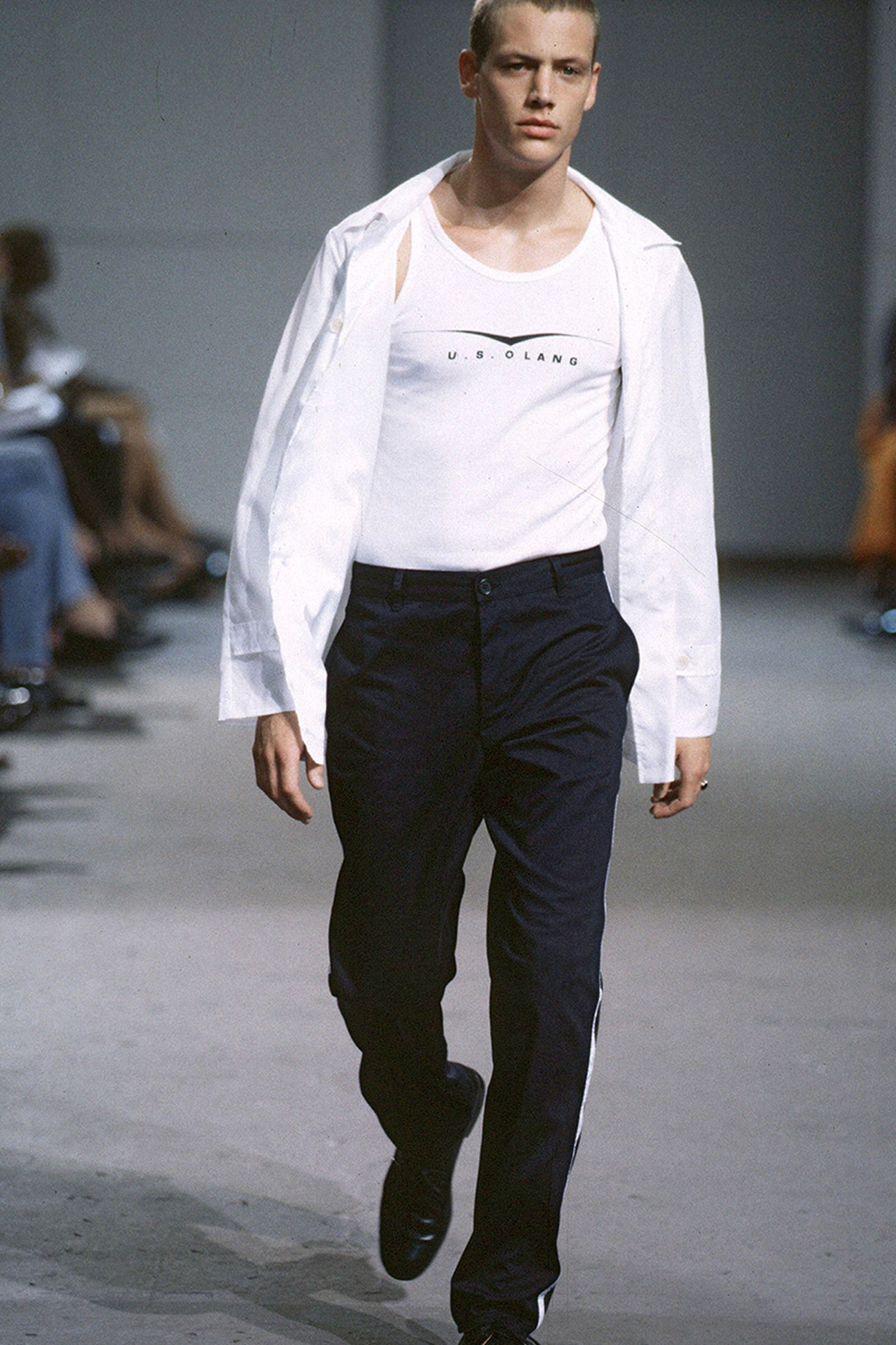the-12-fashion-shows-that-changed-mens-fashion-06