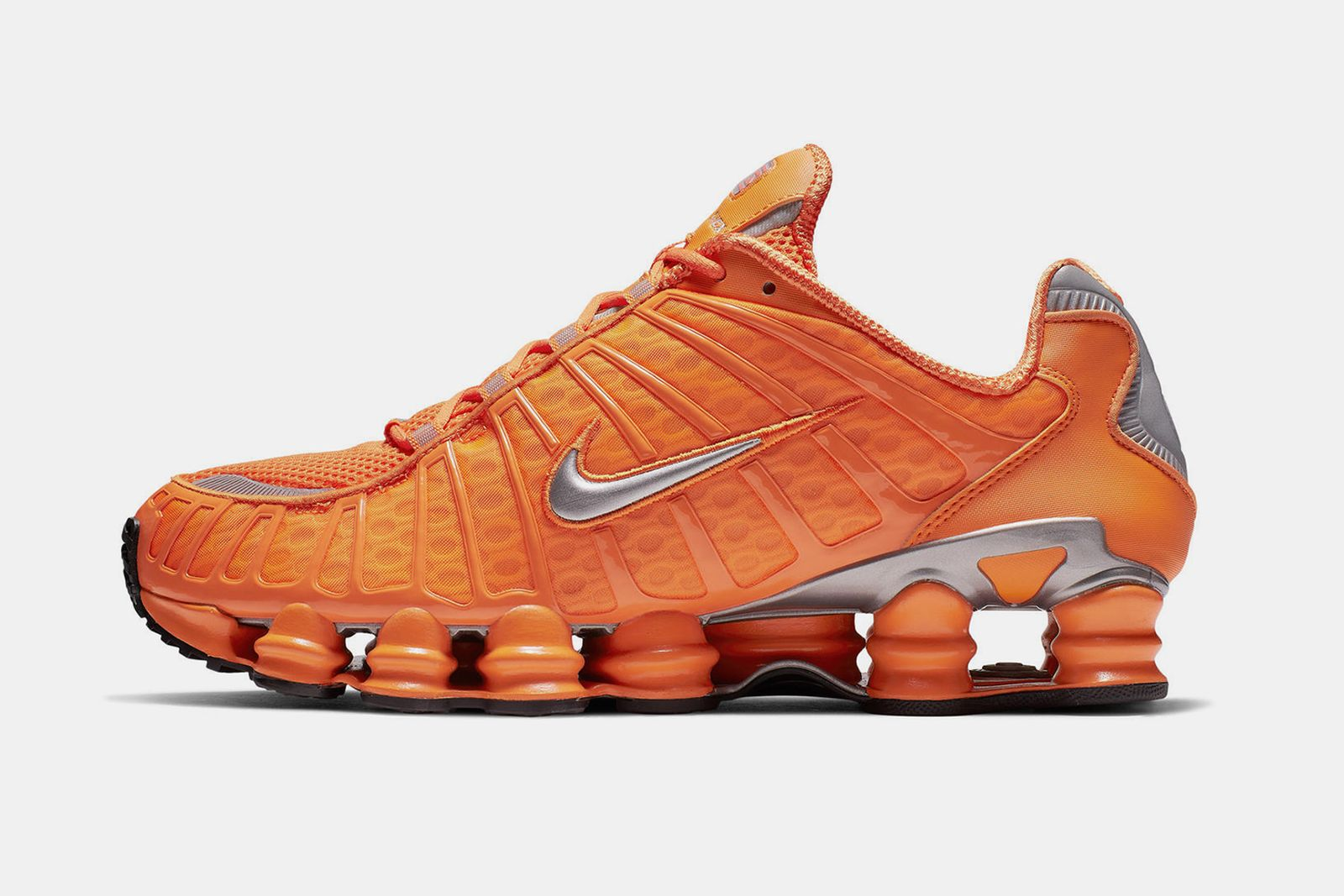 Oriental pronóstico dividendo  Nike Shox Total March 2019 Colorways: Where to Buy Today