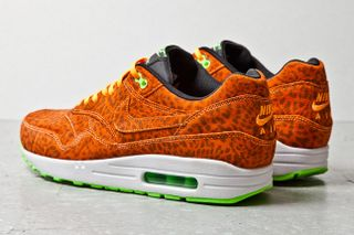 low priced 7b400 d363c Nike Releases the Air Max 1 Orange Leopard
