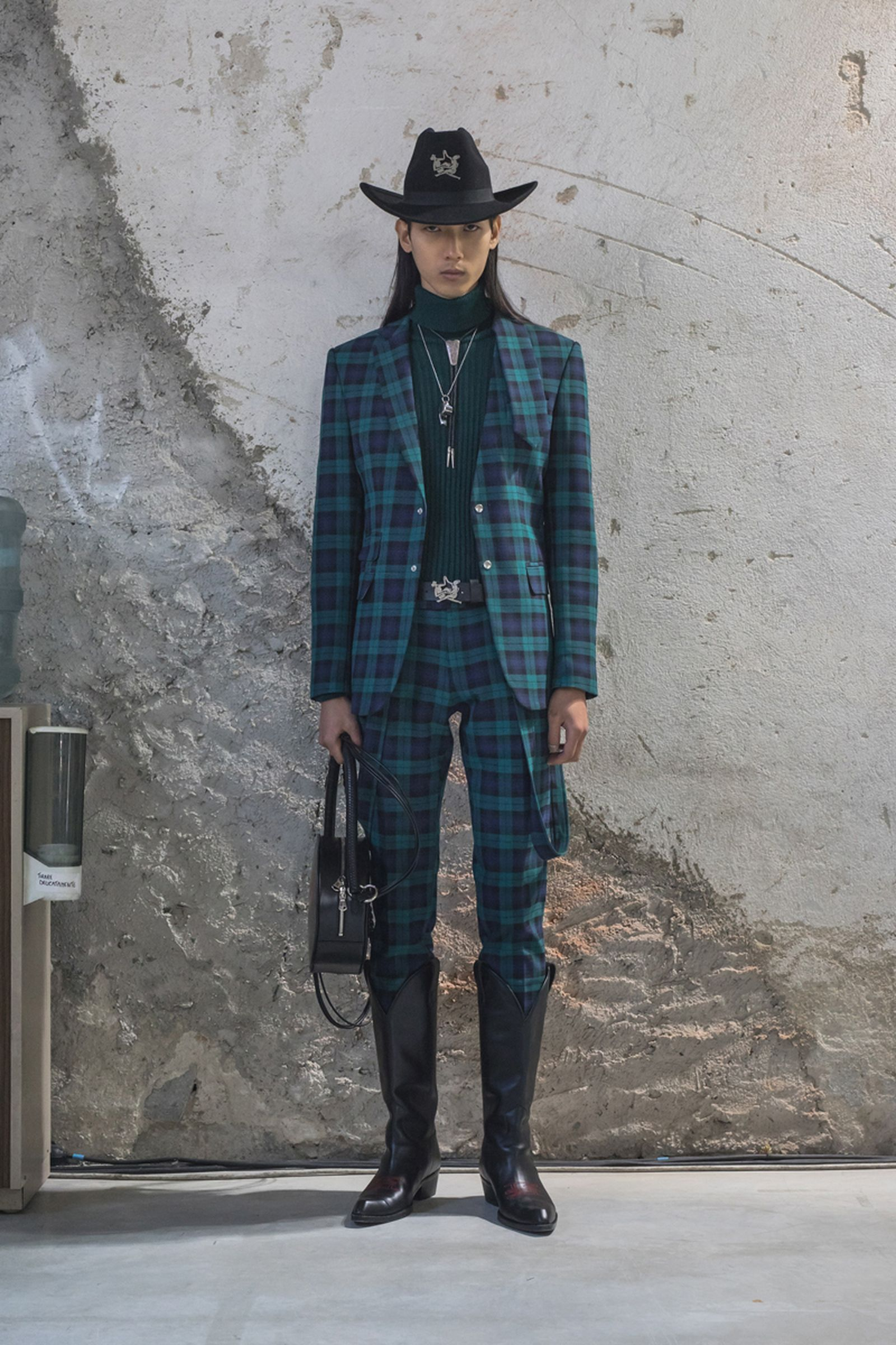 thebe-magugus-menswear-debut-at-pitti-is-everything-we-hoped-it-would-be-4
