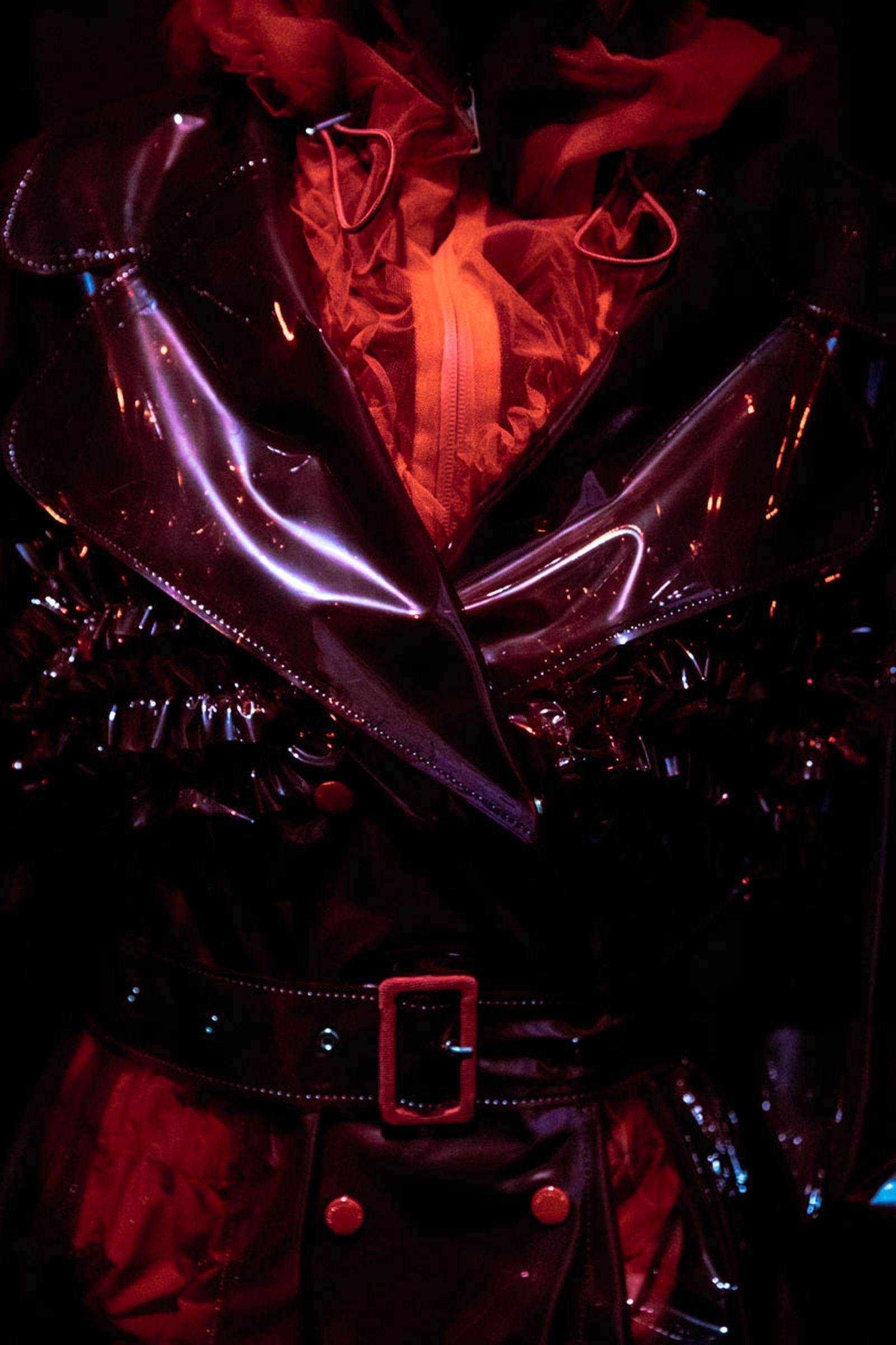 moncler-genius-fall-2020-simone-rocha-07