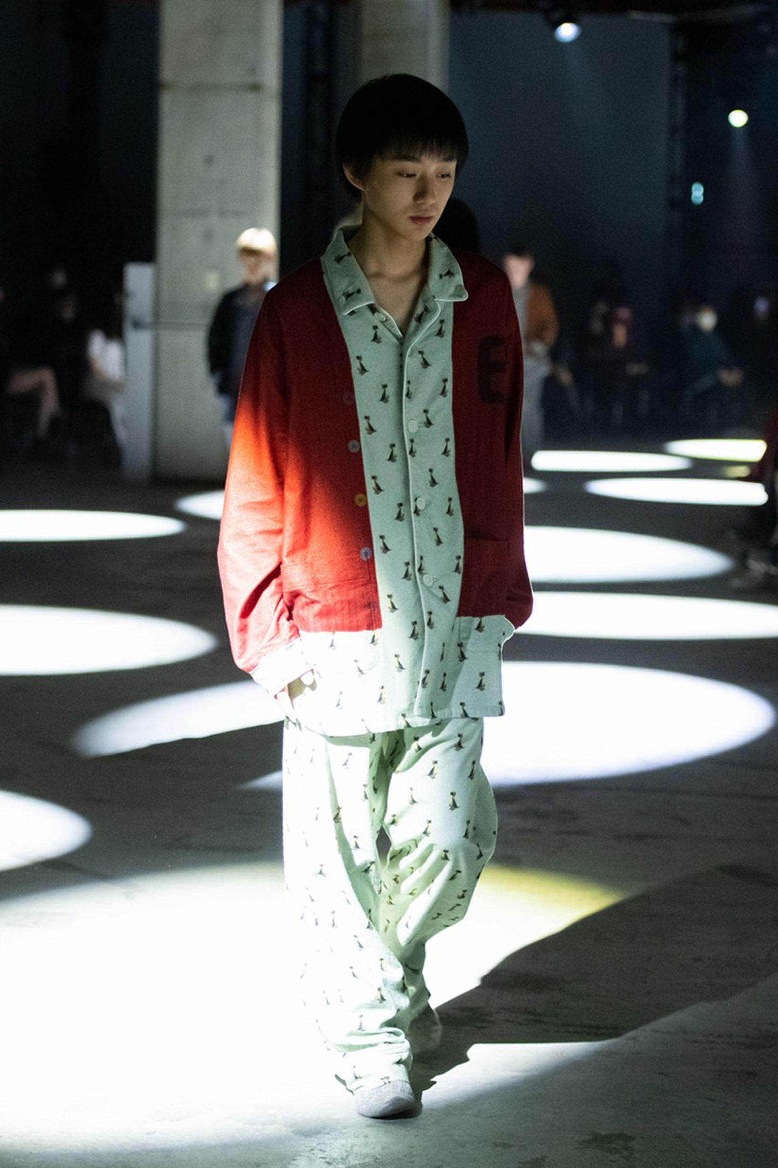undercover-fw21-show-tokyo-fashion-week-02