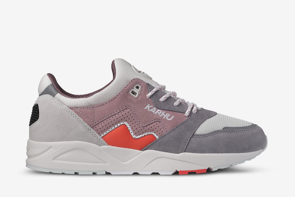Saucony Is on Fire Right Now & Other Sneaker News Worth a Read 54