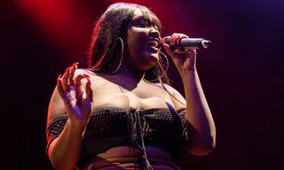 """cupcakKe Casually Calls Out Jordyn Woods on """"Bird Box"""""""