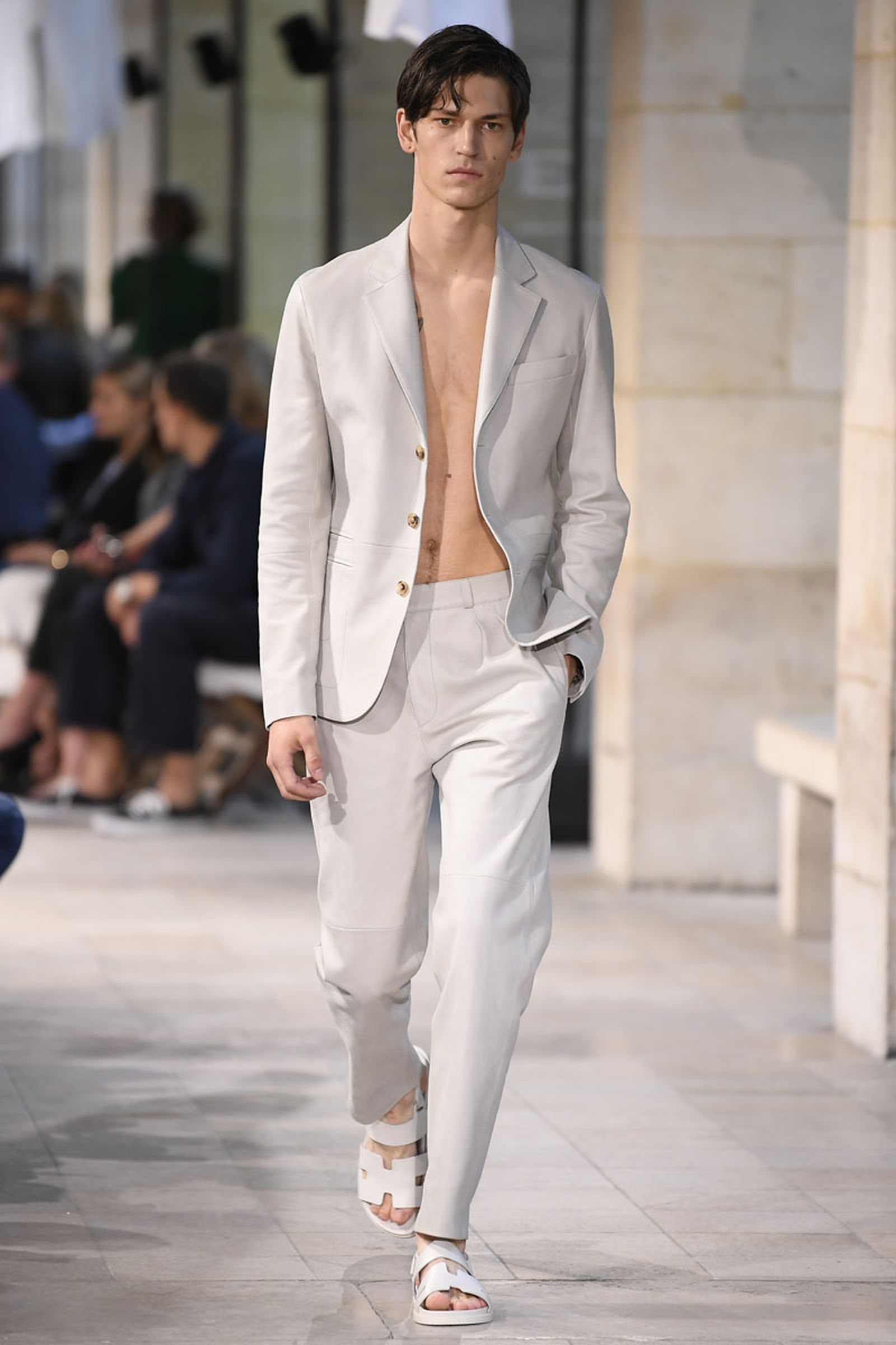 9hermes ss19 show