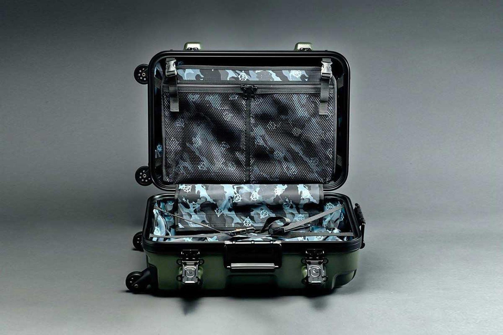 gundam-suitcase-10