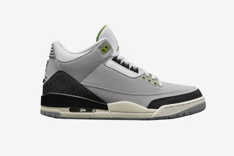 "700f823f9d4 Here's What the Air Jordan 3 ""Chlorophyll"" is Reselling For"