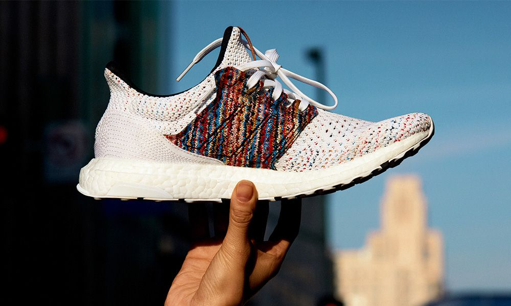 comercio Menos hecho  Here's How to Cop adidas x Missoni's Space-Dyed Ultraboosts