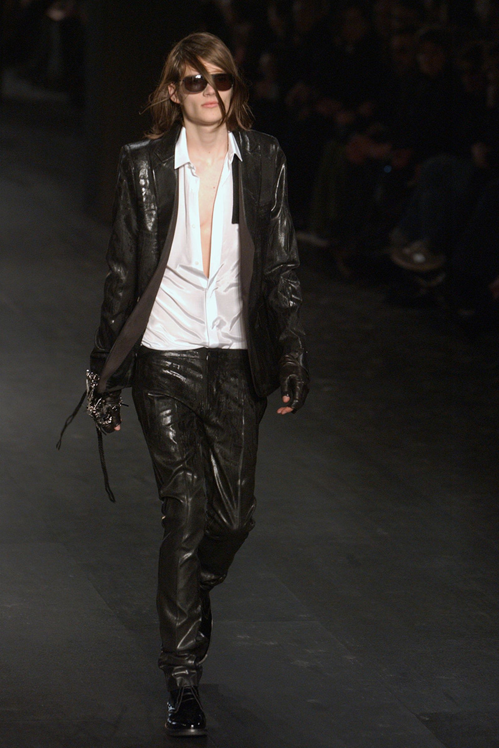 the-12-fashion-shows-that-changed-mens-fashion-dior-homme-04