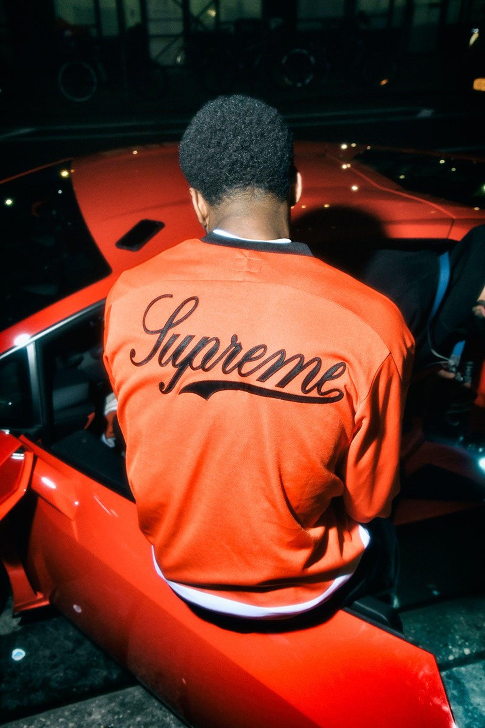 clothes-made-cars-cool-supreme-lamborghini-ss20-collection-05