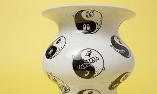 """Steven Harrington Creates Illustrated """"Sincerely Yours"""" Vases with CASE STUDYO"""