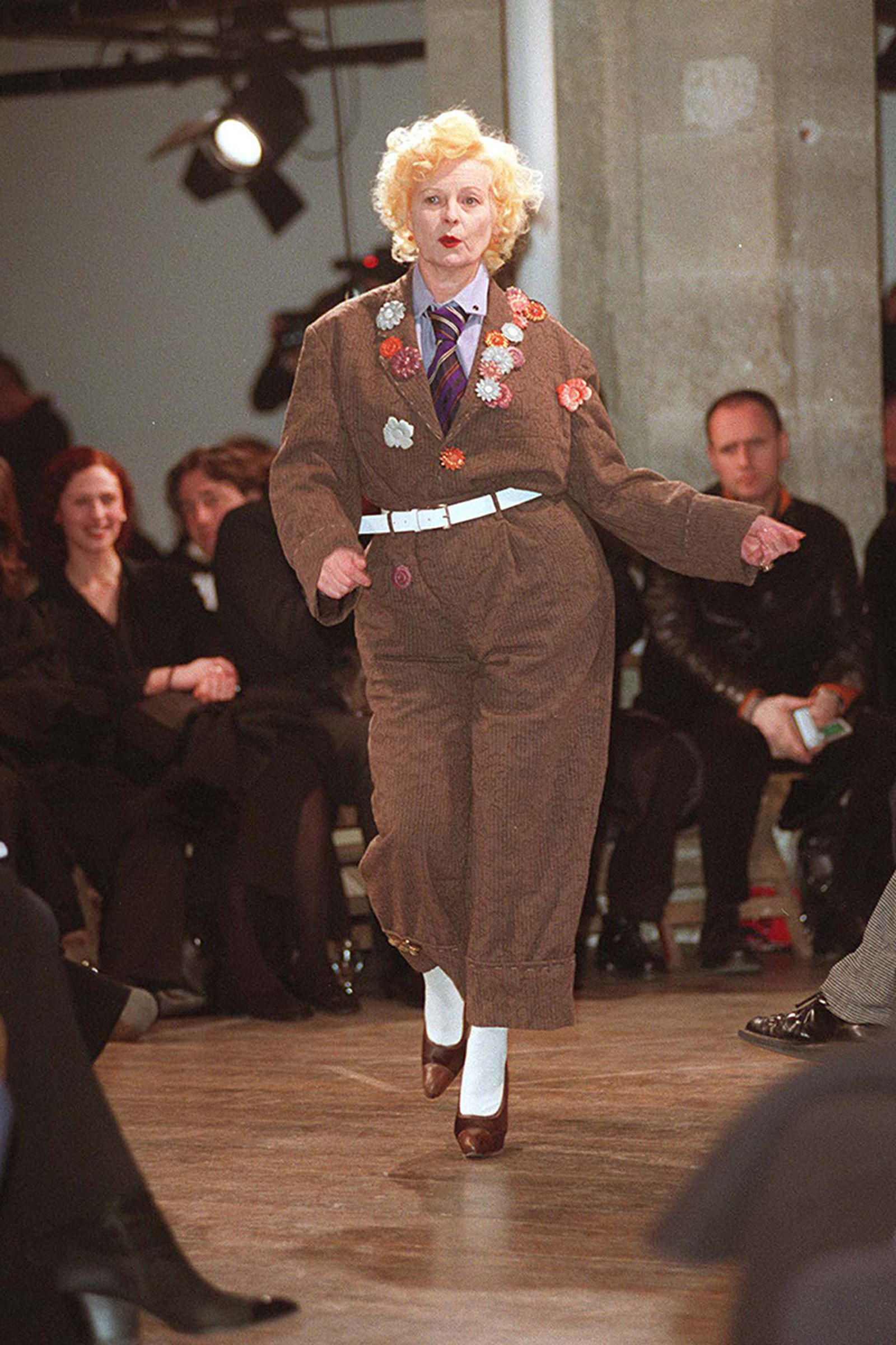 the-12-fashion-shows-that-changed-mens-fashion-yohji-1998-01