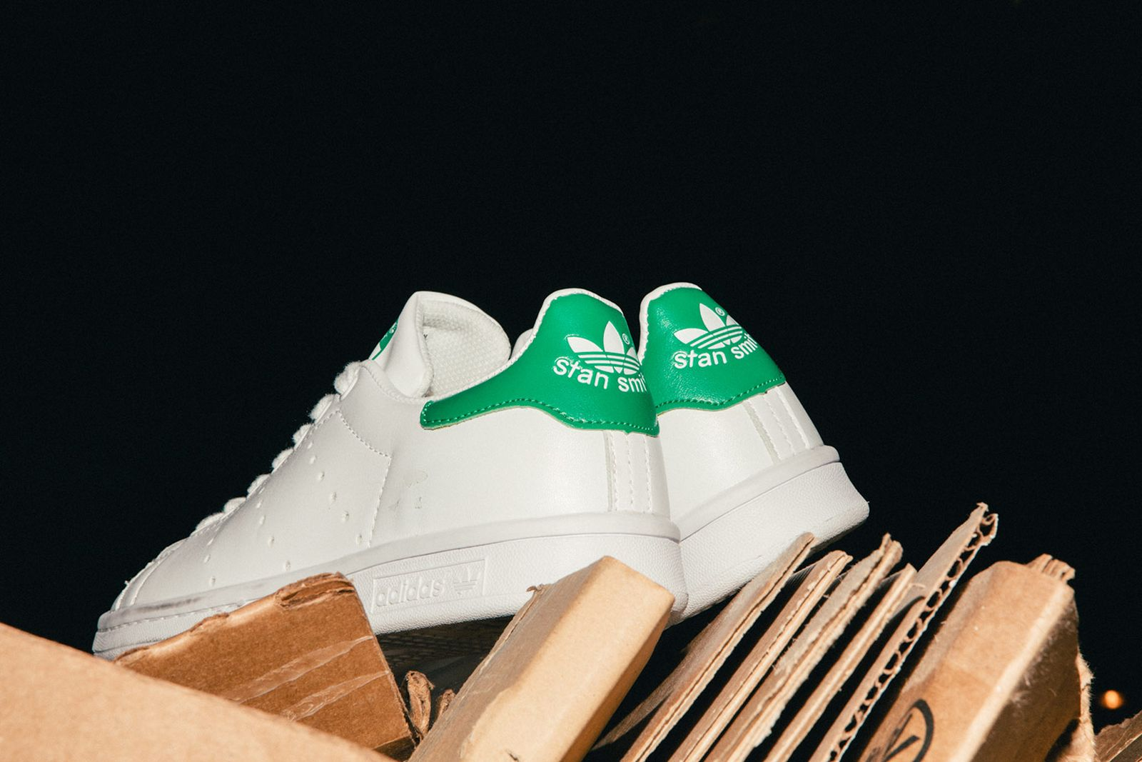 Legit-Check-Fake-Sneakers-Highsnobiety-09