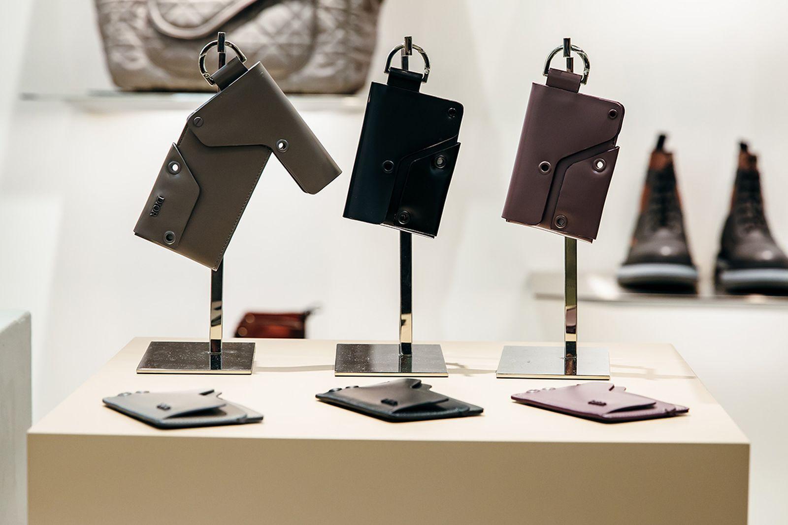 luxury headphones trend 2019 Berluti Juul Louis Vuitton