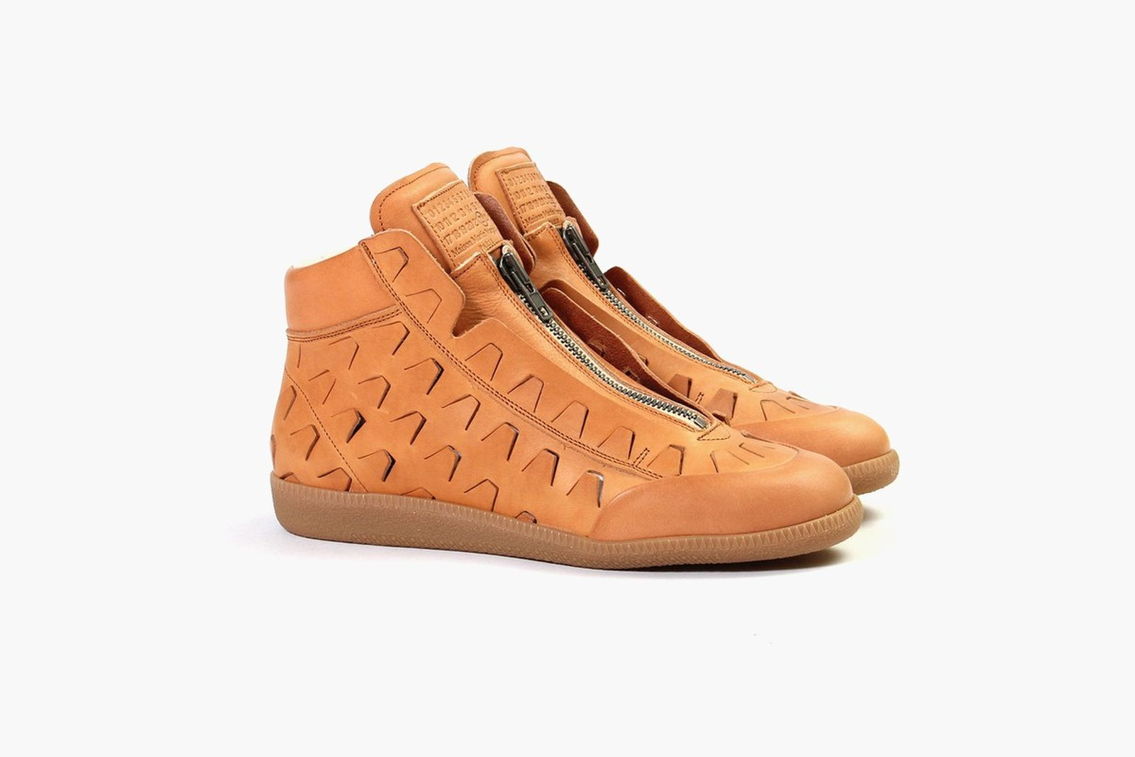 maison-margiela-zip-up-high-top-natural-1