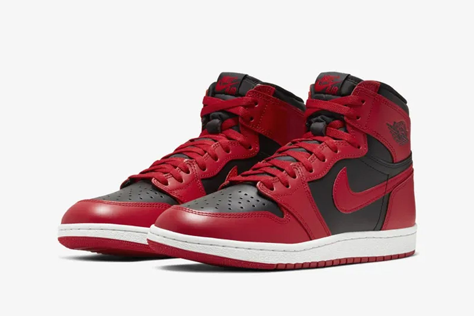 nike-air-jordan-1-flipped-banned-release-date-price-official-product-01