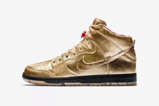"""best website ae227 d0ac7 Here s How to Cop Nike SB s Gold Dunk High """"Humidity"""""""