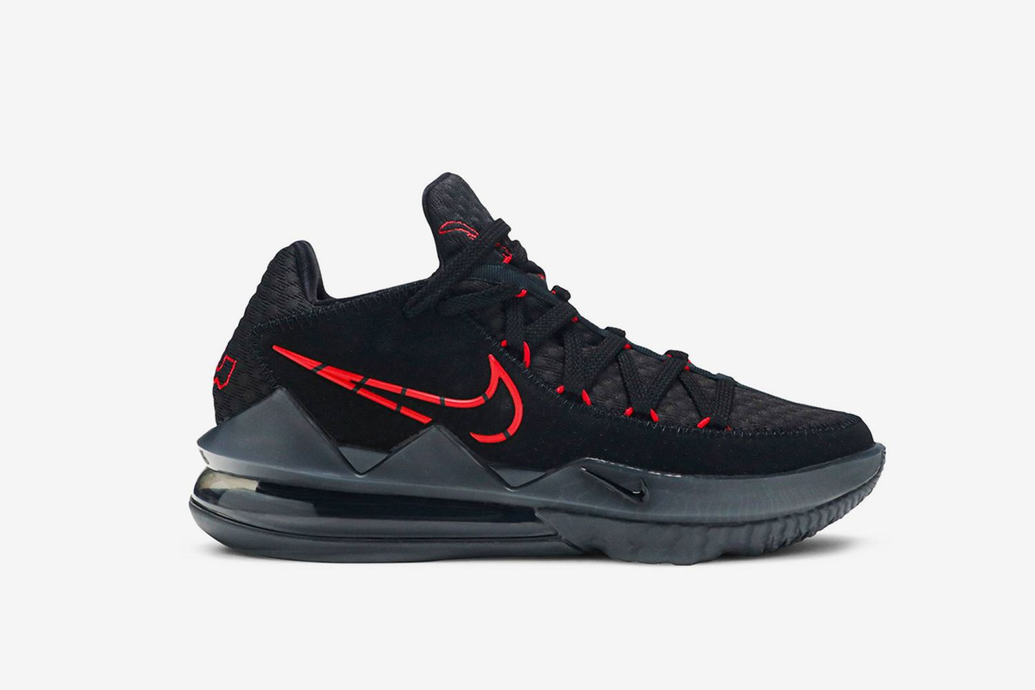 LeBron 17 Low 'Bred'