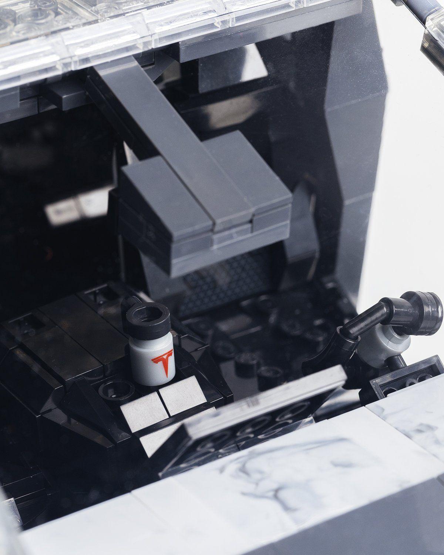 Mattel Creations — MEGA Tesla Cybertruck - Image 8