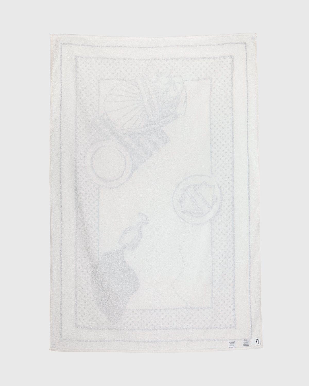Havaianas x Reality to Idea by Joshuas Vides – Towel White - Image 2