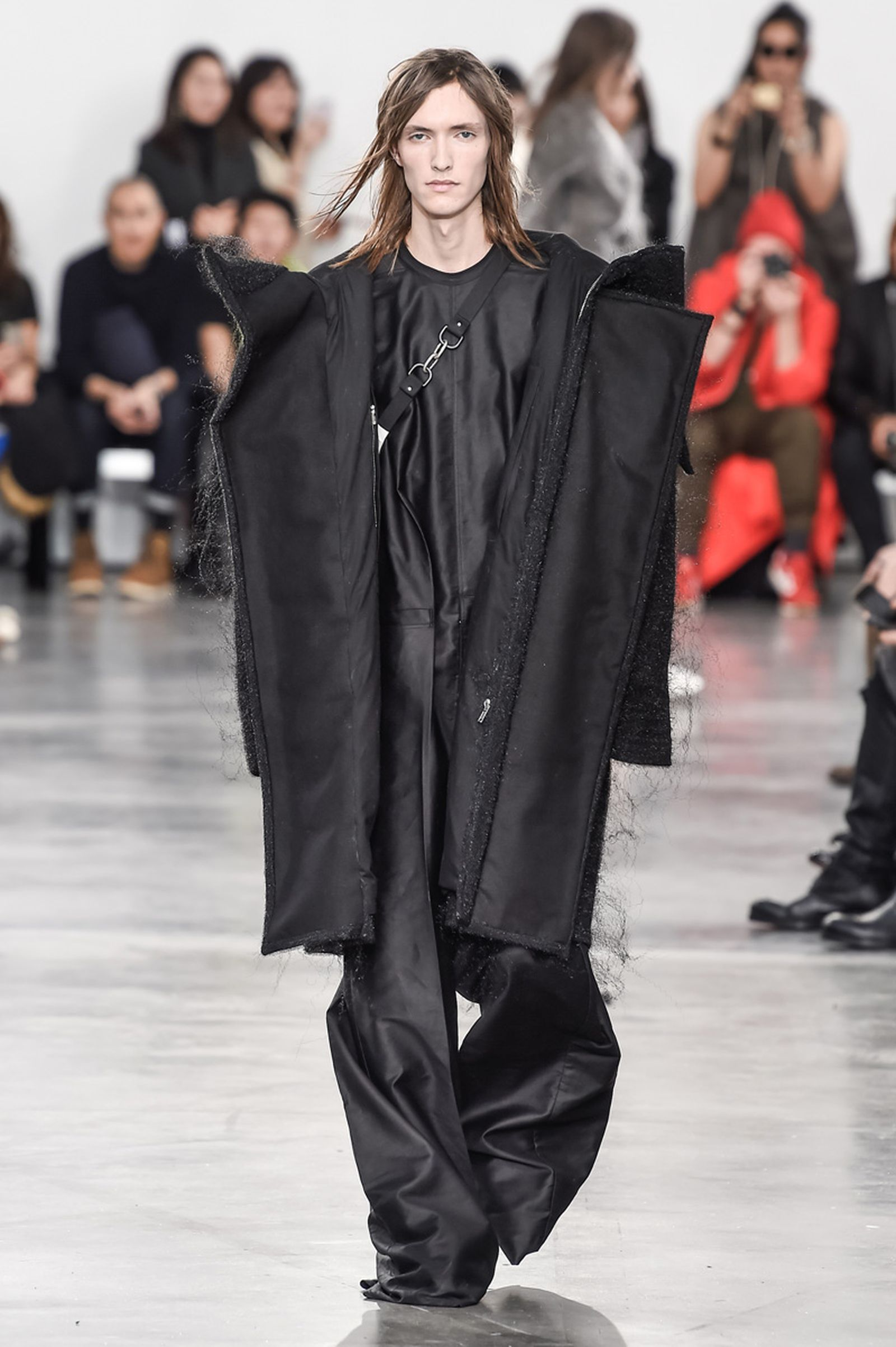 Rick OwensMenswear Fall Winter 2018 CollectionParis Fashion Week runway