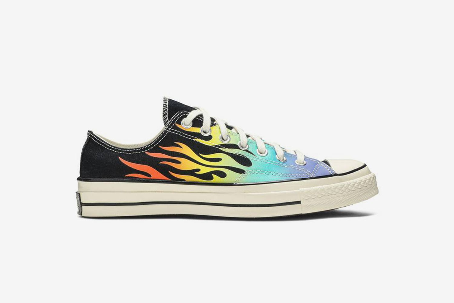 Chuck 70 Low 'Archive Print - Flames'