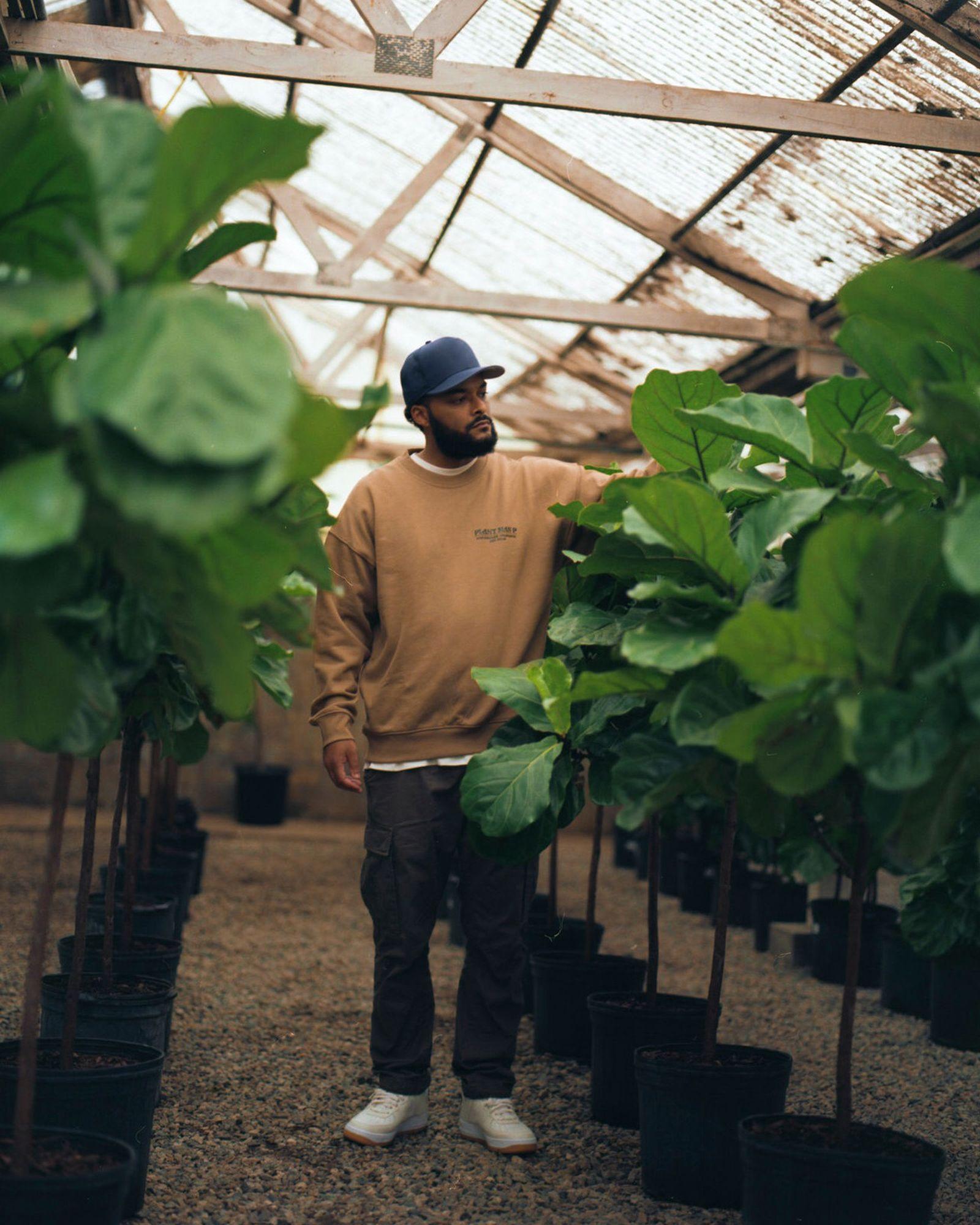 plant-man-p-hm-blank-staples-new-15