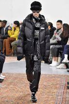 ee257049fc2d0 Sacai Paris Menswear Fashion Week Fall Winter 2019 Paris Jan 2019 sacai