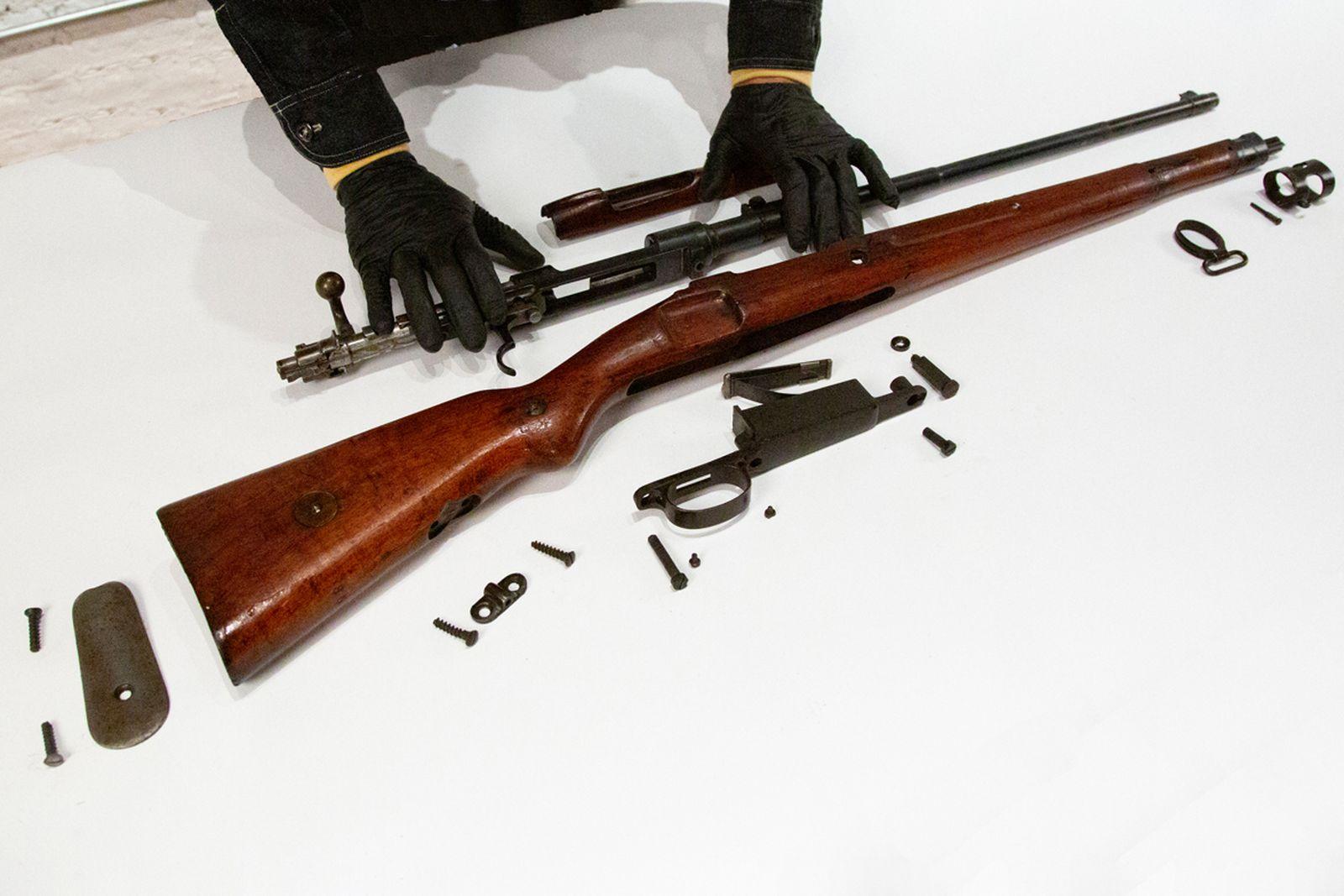 mschf-guns-2-swords-buyback (4)